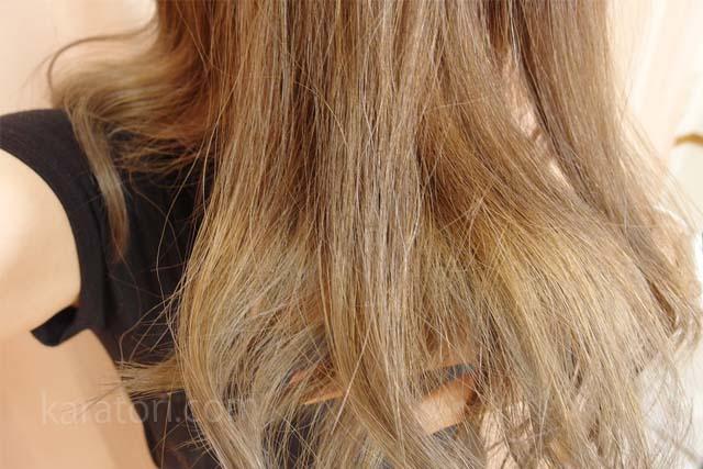 ブリーチした髪